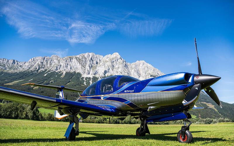 Gill Aviation Diamond aircraft DA50-RG